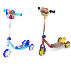 Trottinette Disney Car ou la Reine des Neiges à 11 €